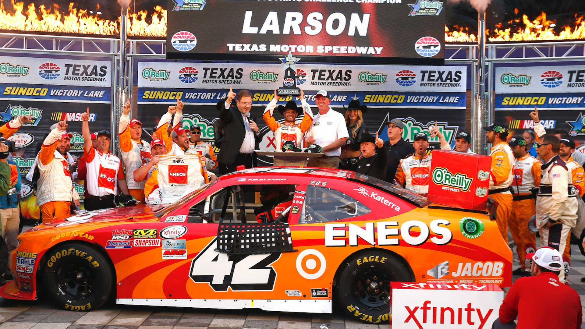 Kyle Larson in victory lane at Texas Motor Speedway