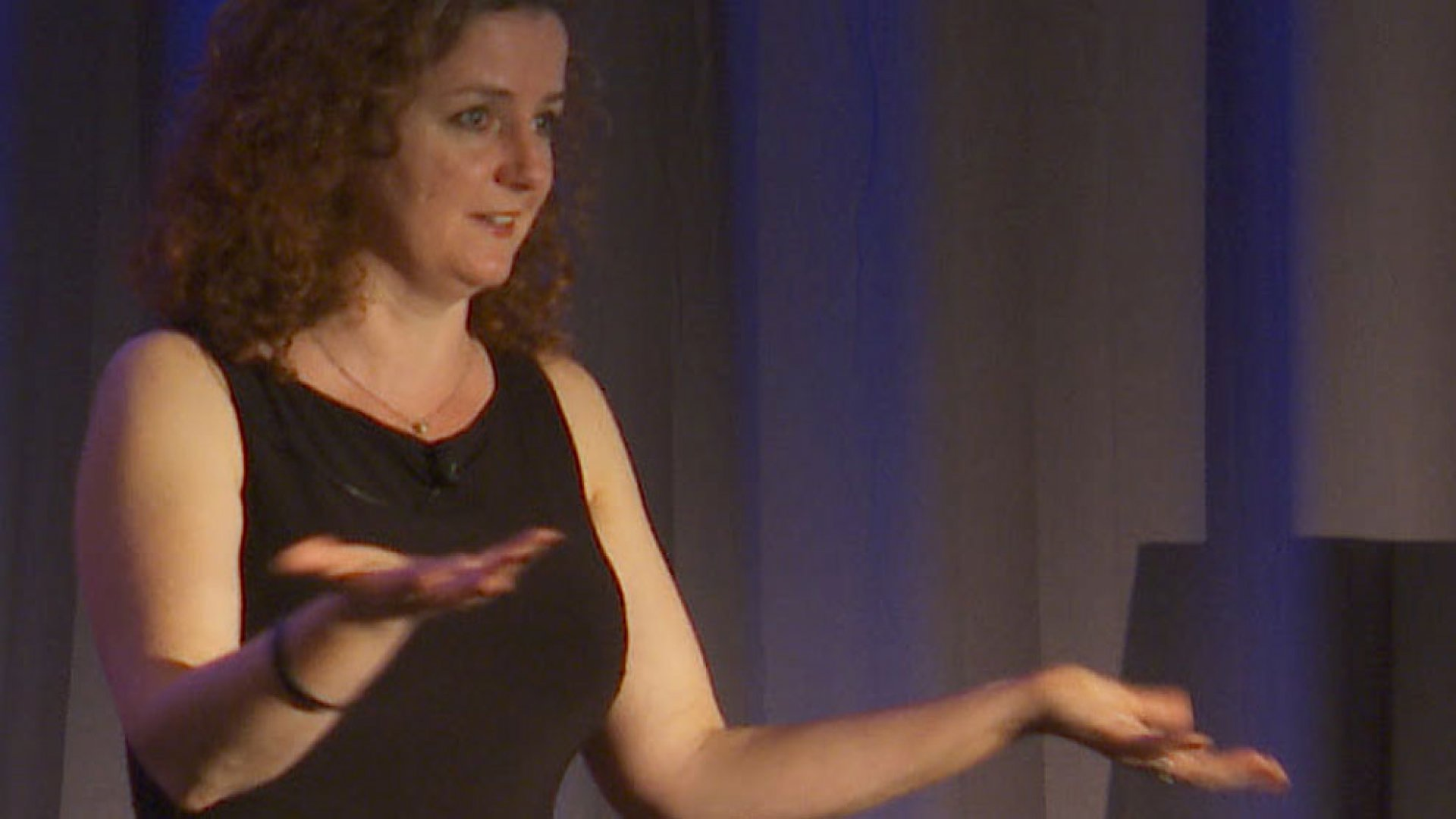 Laura Fitton: Mastering Social Media for Business