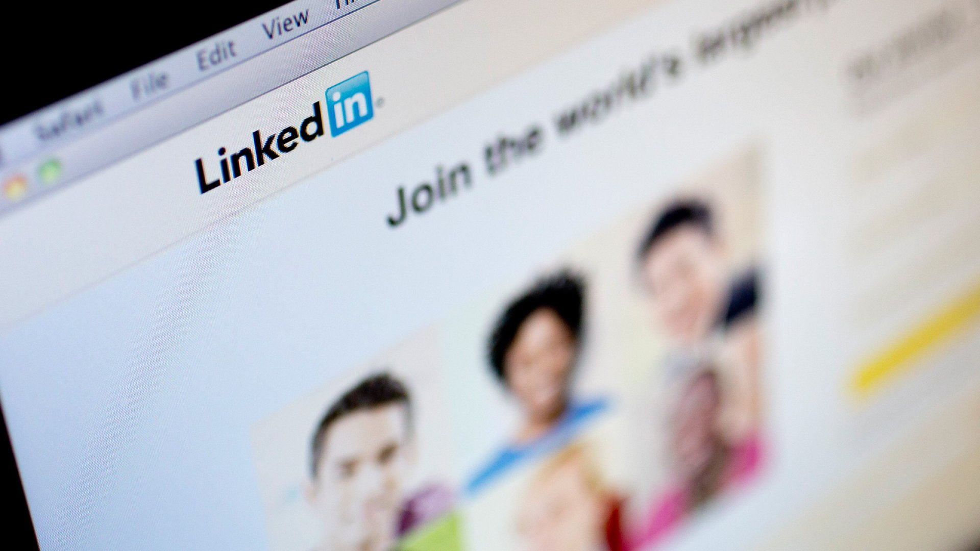 5 Opportunities You're Probably Missing on LinkedIn