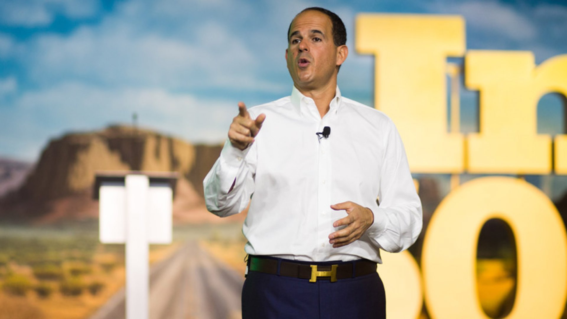 Why Marcus Lemonis Requires His Employees to Volunteer and You Should Too