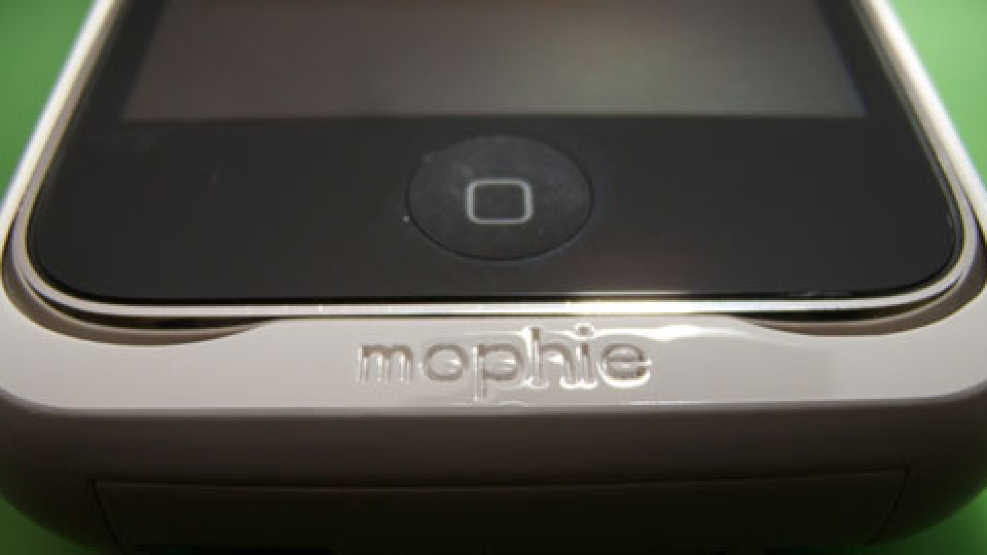 Best Mobile Phone Booster: Mophie Juice Pack Air