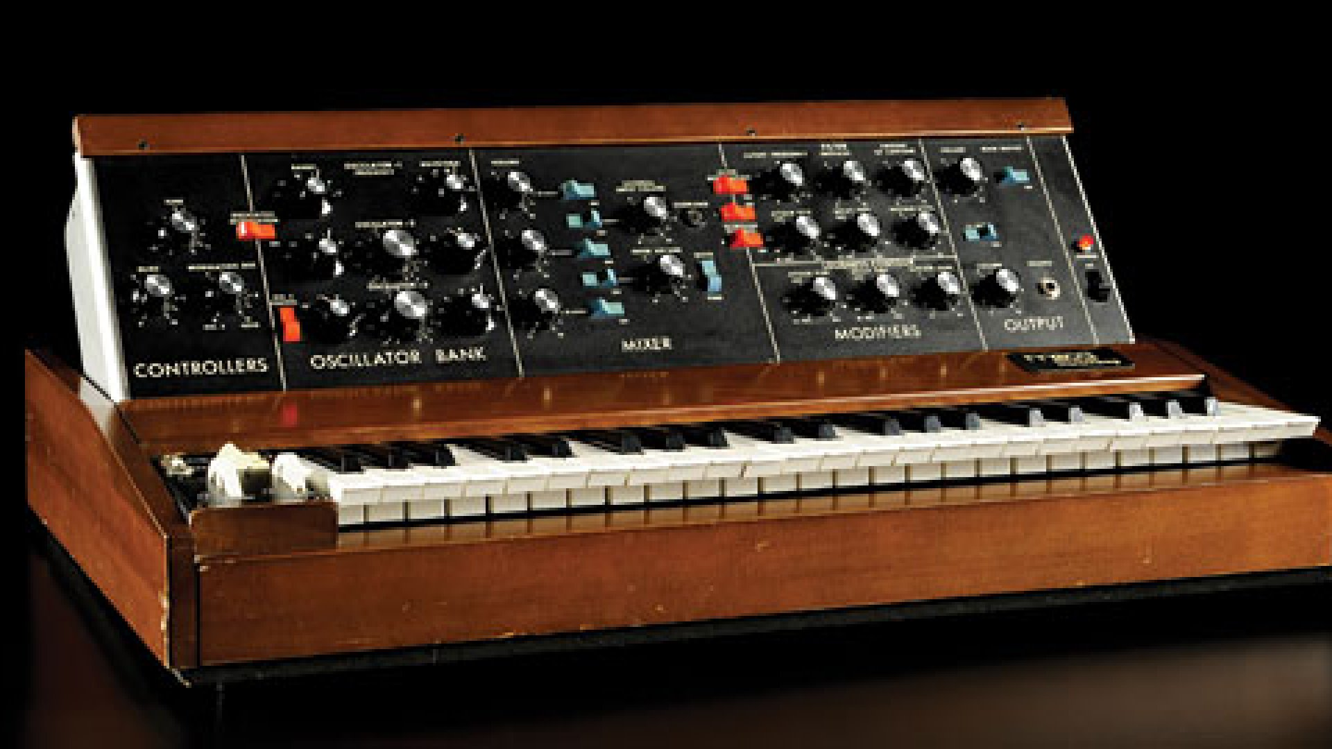 <b>A True Classic:</b> The Minimoog Model D, introduced in the early 1970's.