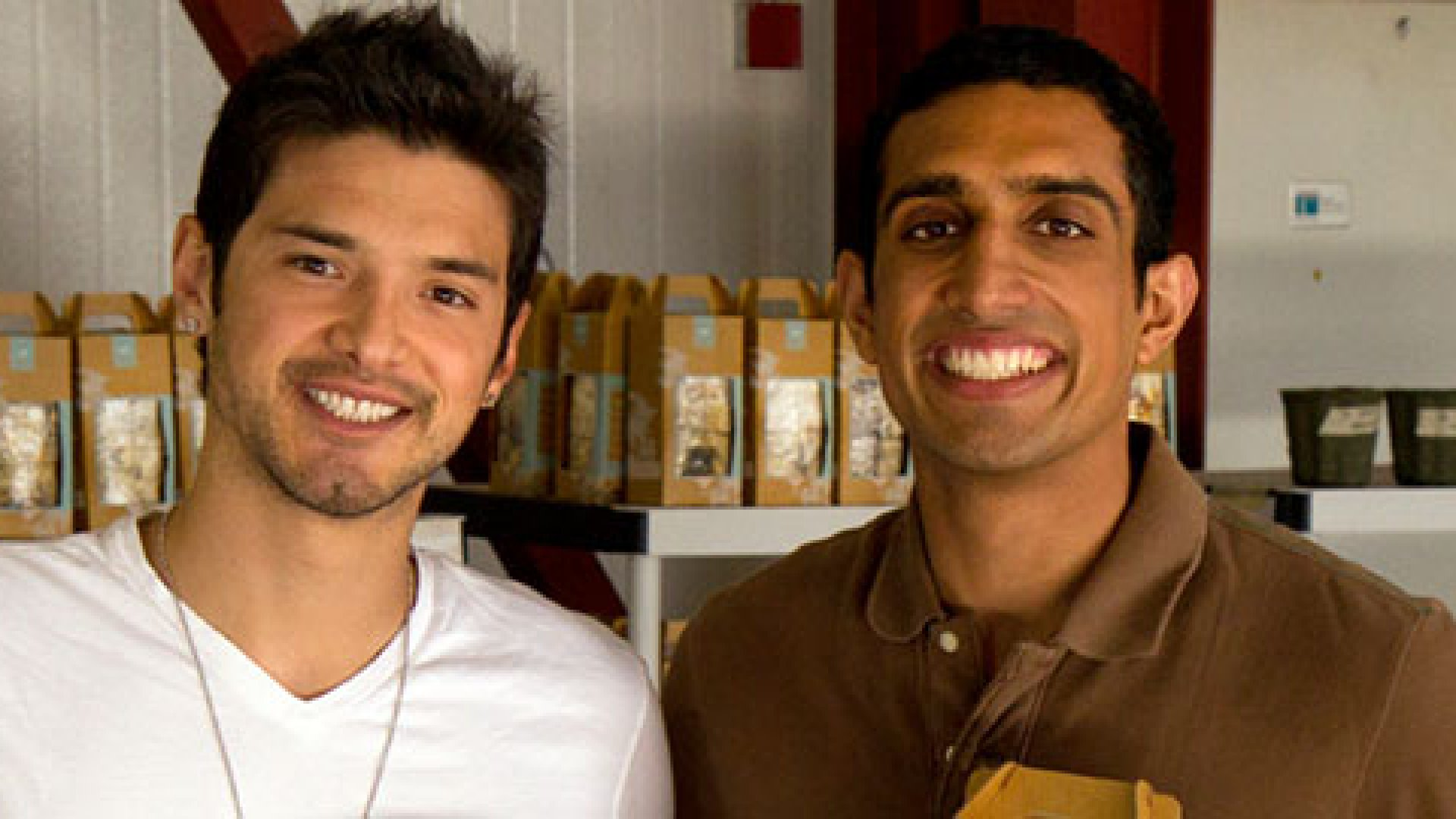 How Two Young Founders Turned a Crowdfunding Crisis into a Business Opportunity