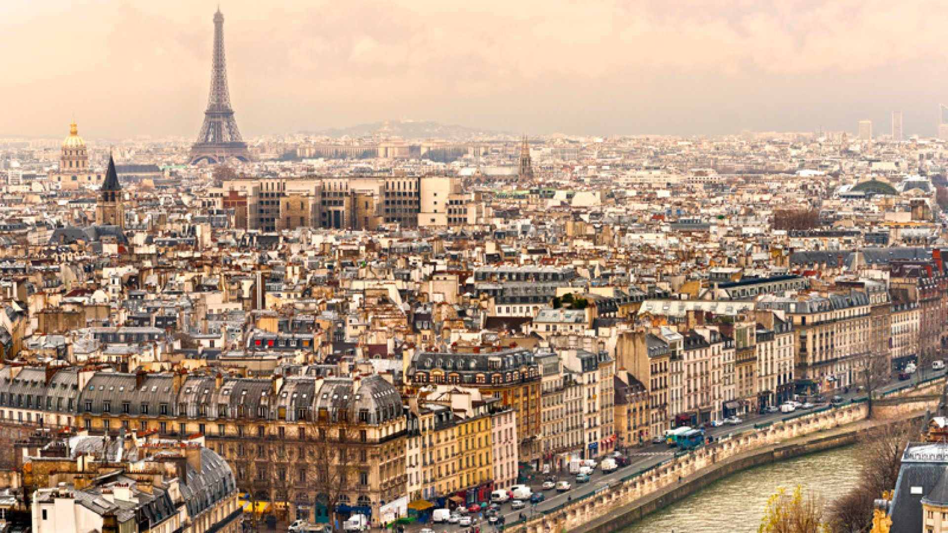 Standing Out in the City of Lights: Top 10 Fastest-Growing Private Companies in Paris