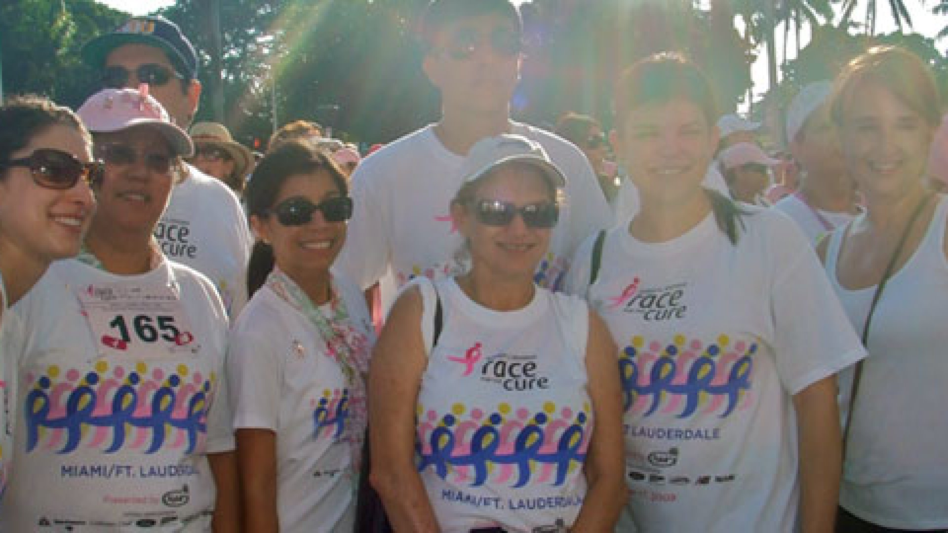rbb employees participate in a 2009 Susan G. Komen Race For the Cure in Fort Lauderdale, Fla.