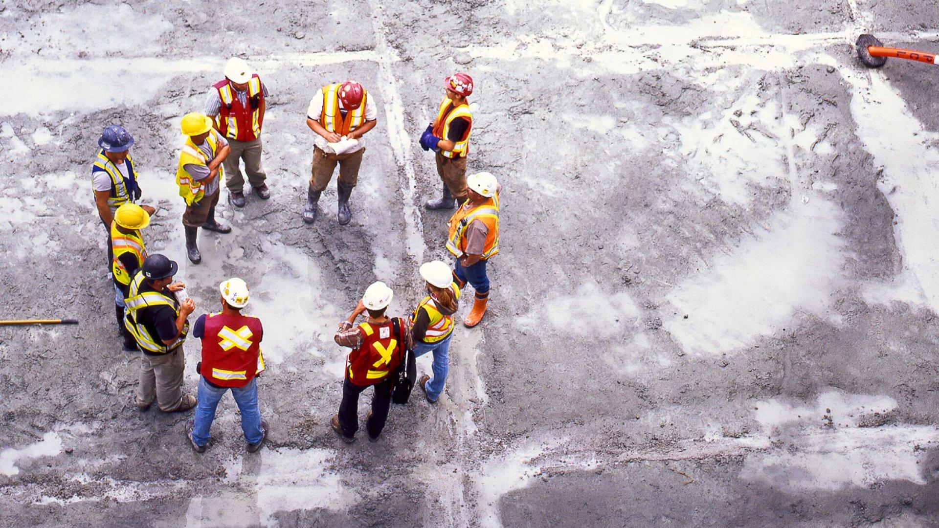 US Raises Minimum Wage for Contractors