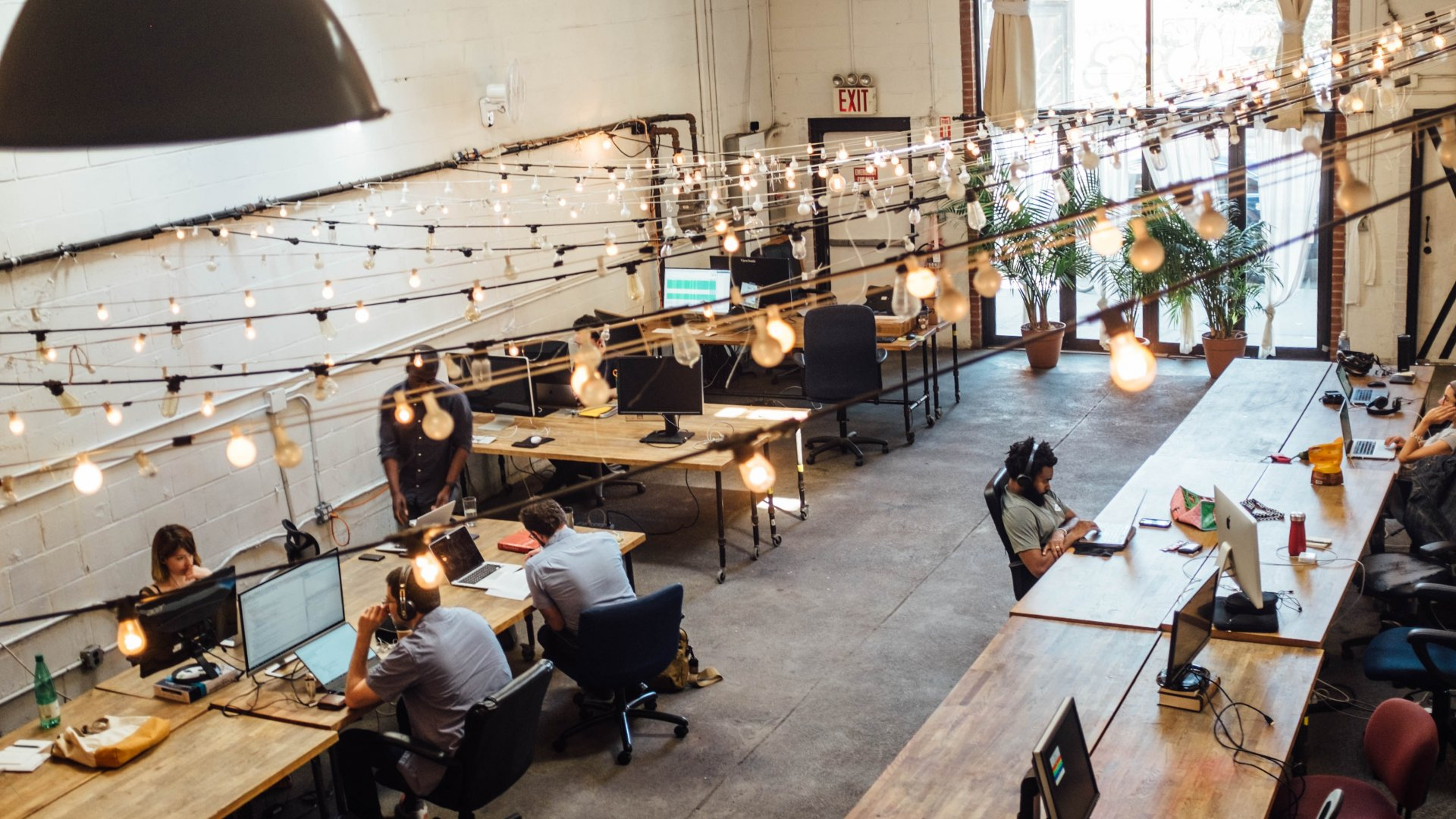 One of These Founders Started His Company in a Co-Working Space. Here's How to Know If You Can Do the Same