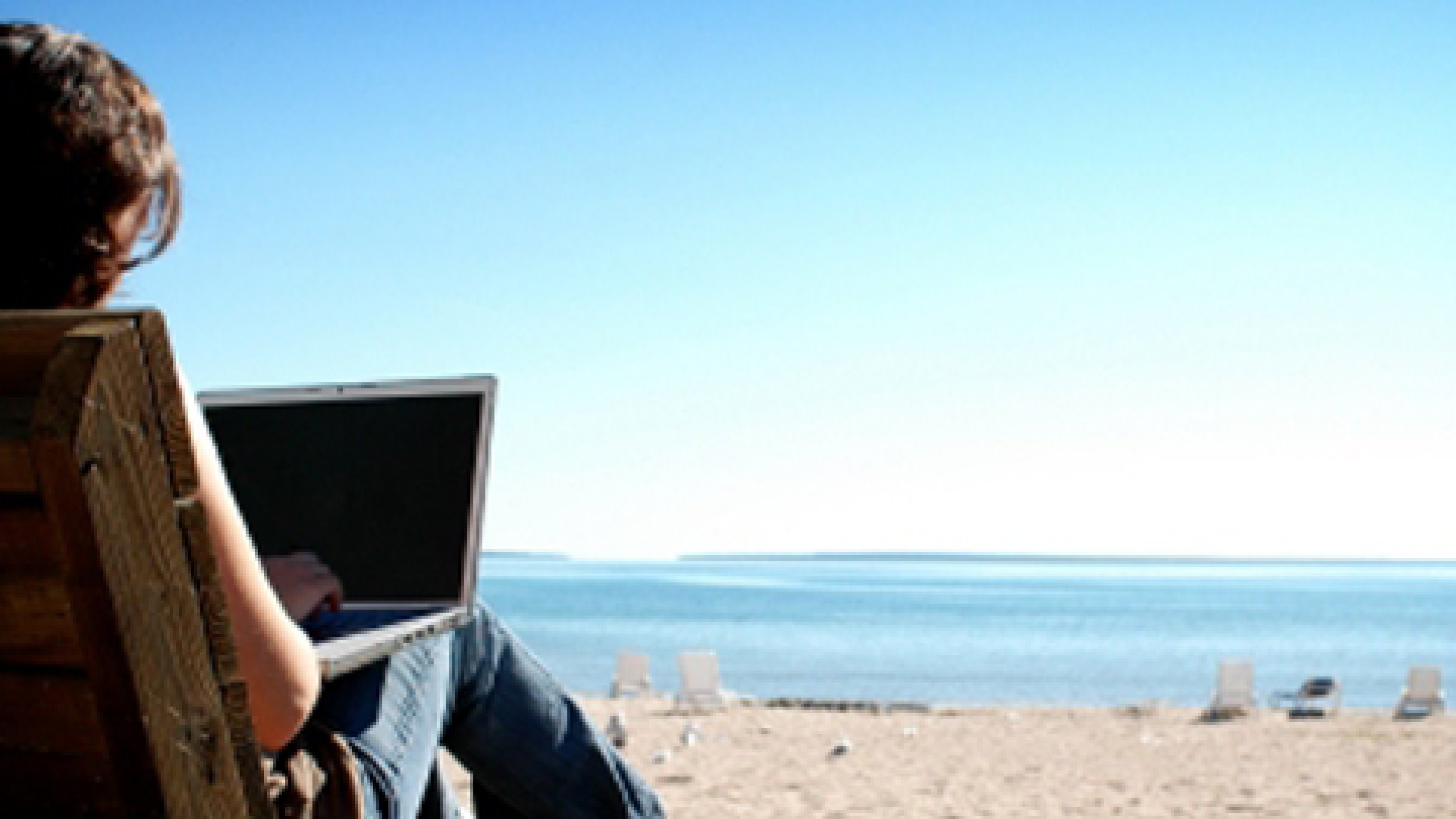 5 Great Reasons to Work on Vacation
