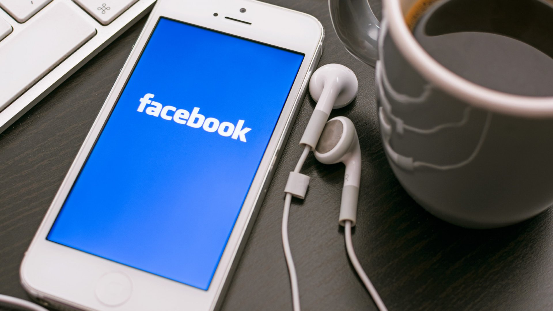 The Best Social Media Site for Reaching Teens? Facebook Still Rules