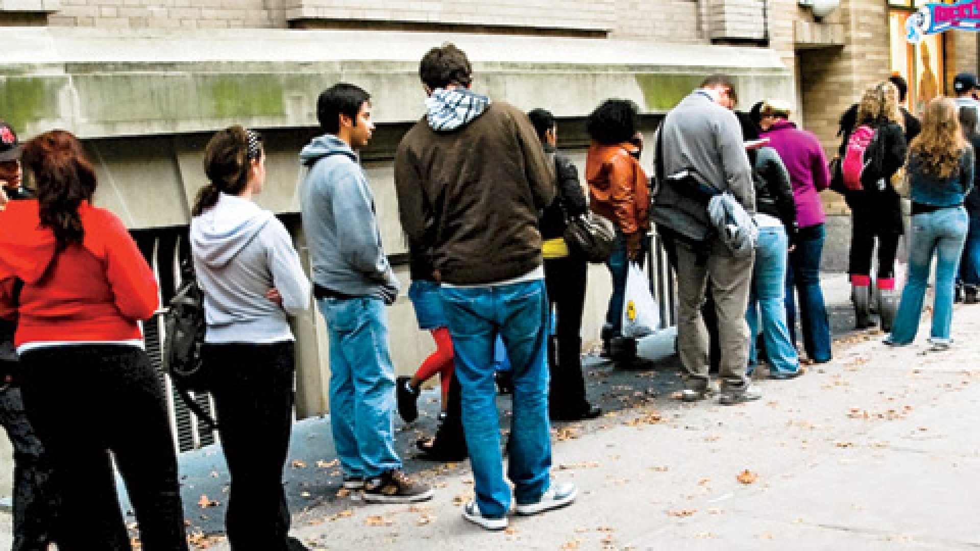 <strong>Last-Minute Madness</strong> Two days before Halloween 2010, costume-hungry customers line up outside a Ricky's pop-up in Manhattan.