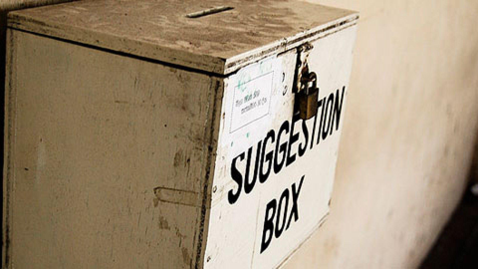 Workplace Feedback: 8 Essential Questions