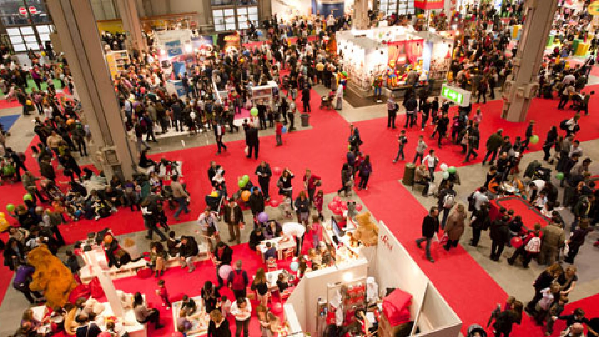 How To Commandeer a Trade Show: 4 Tips