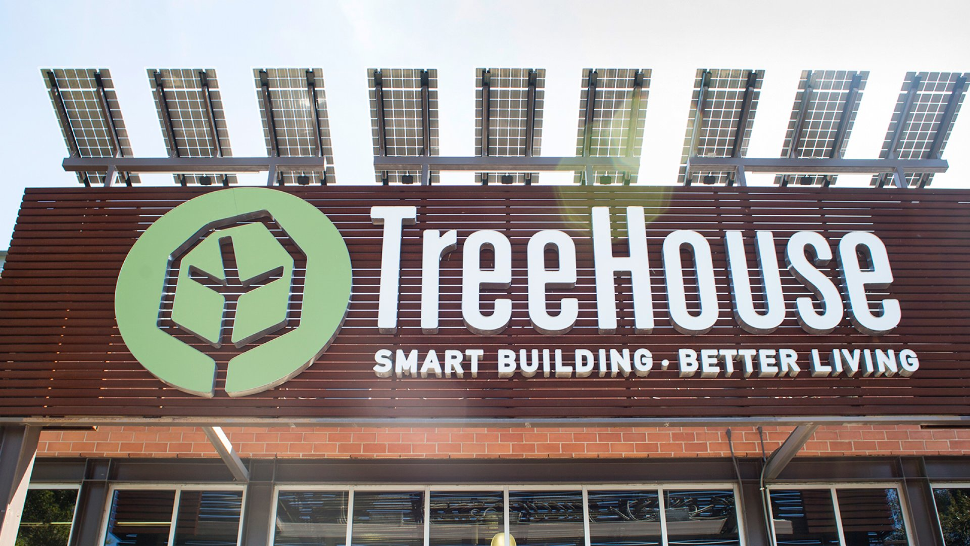 The inviting, solar panel-bedecked entrance to TreeHouse's flagship Austin store.