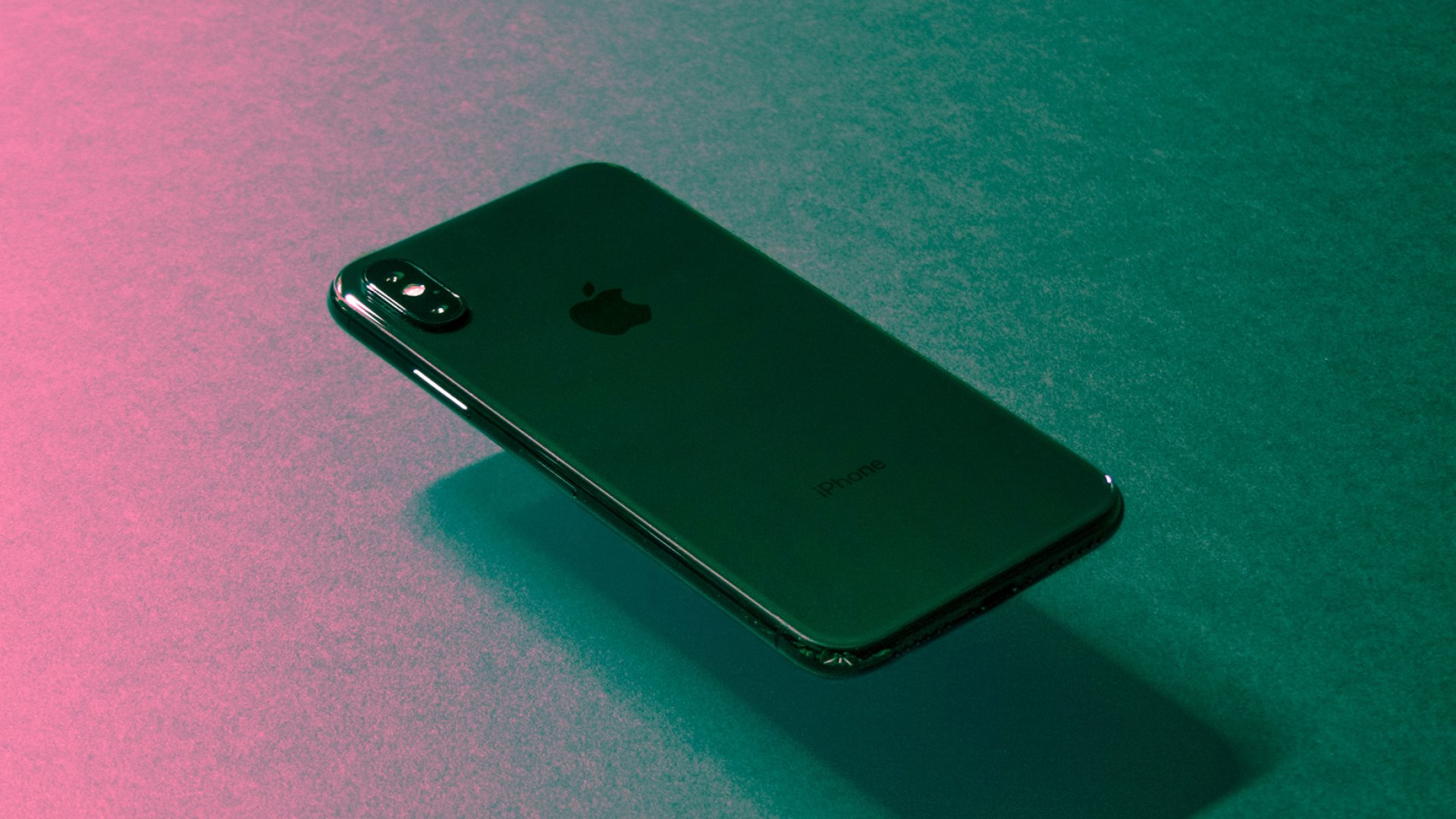 Your iPhone IsRecording Your Personal Conversations Despite Apple's Privacy Promises