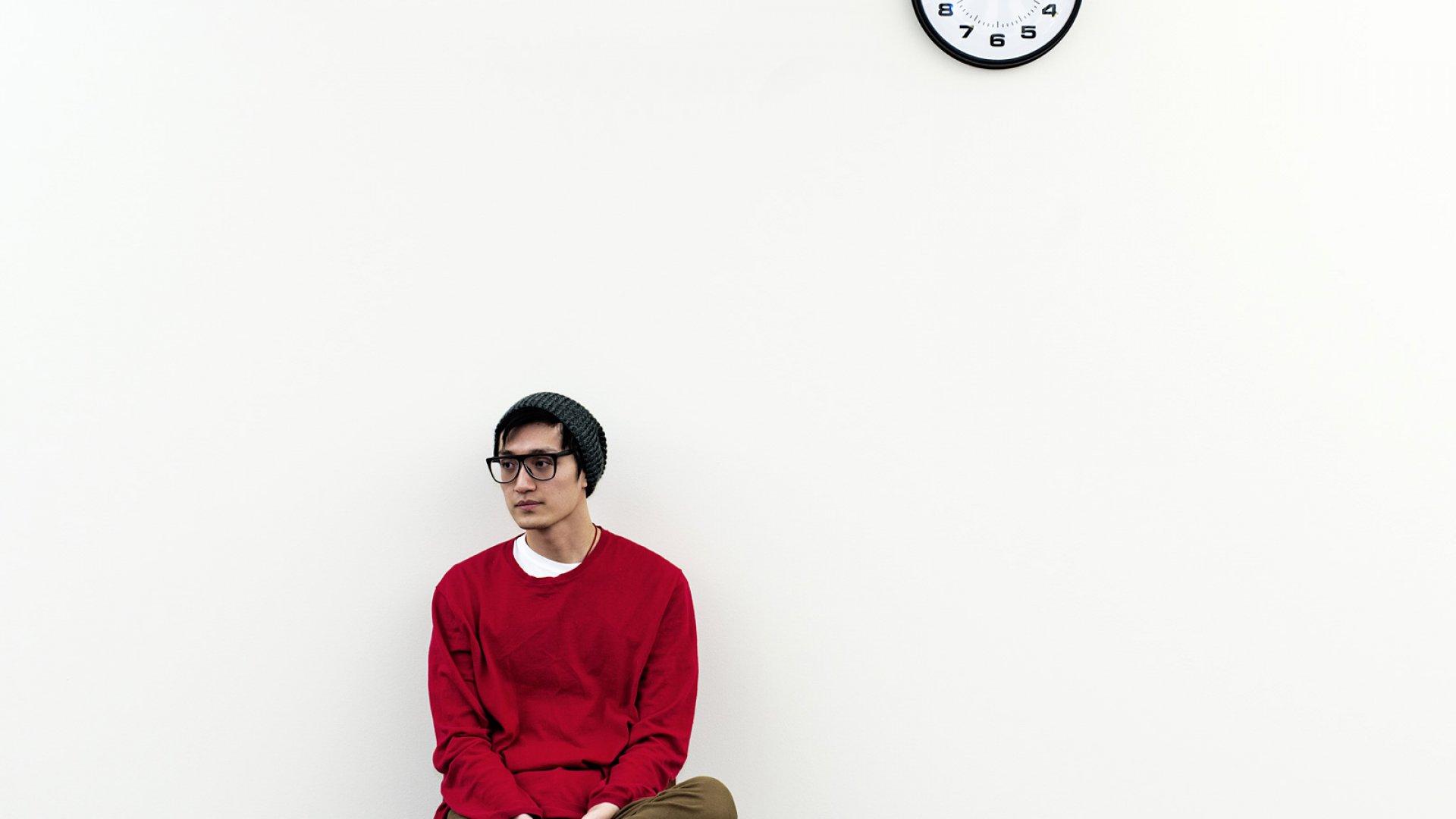 A Counterintuitive Tip for Entrepreneurs: Bide Your Time