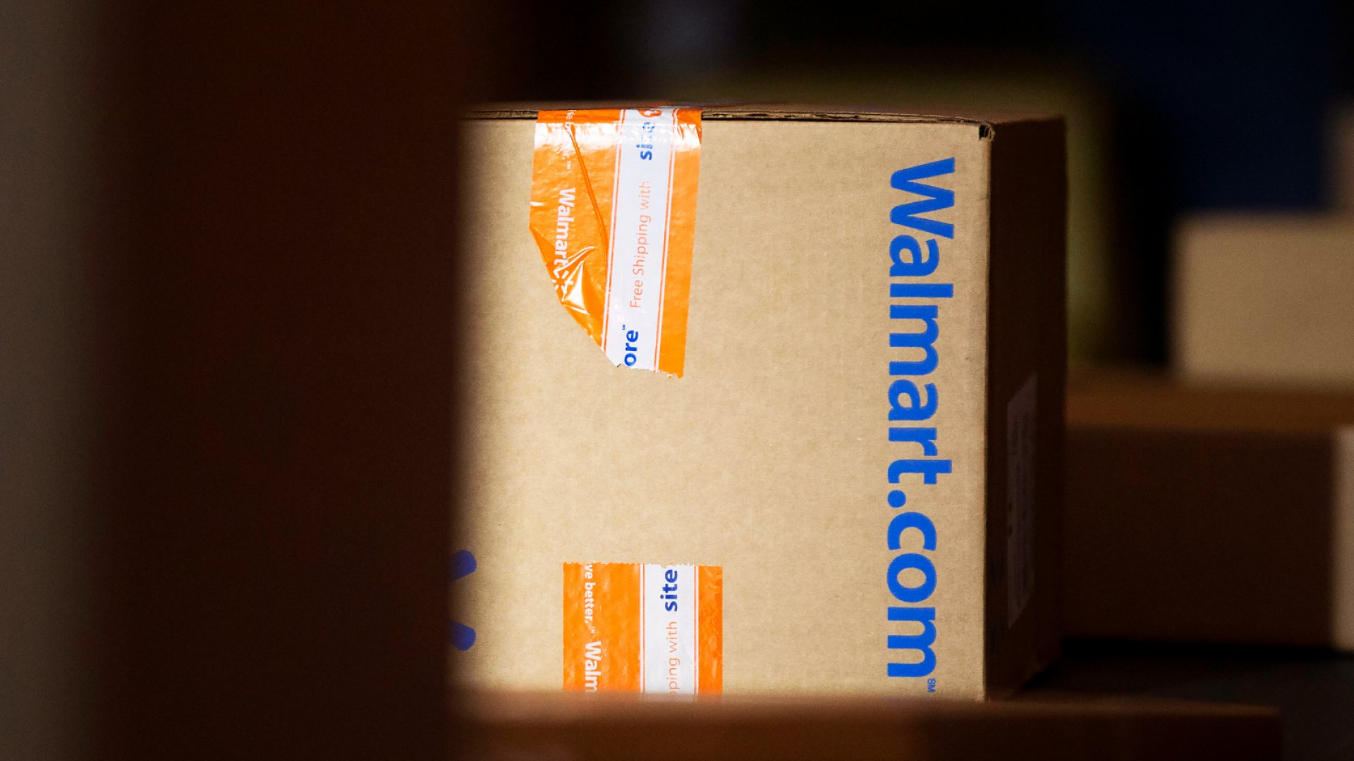Amazon Reportedly Has a Warning for Sellers Who Offer Products on Walmart.com for a Lower Price