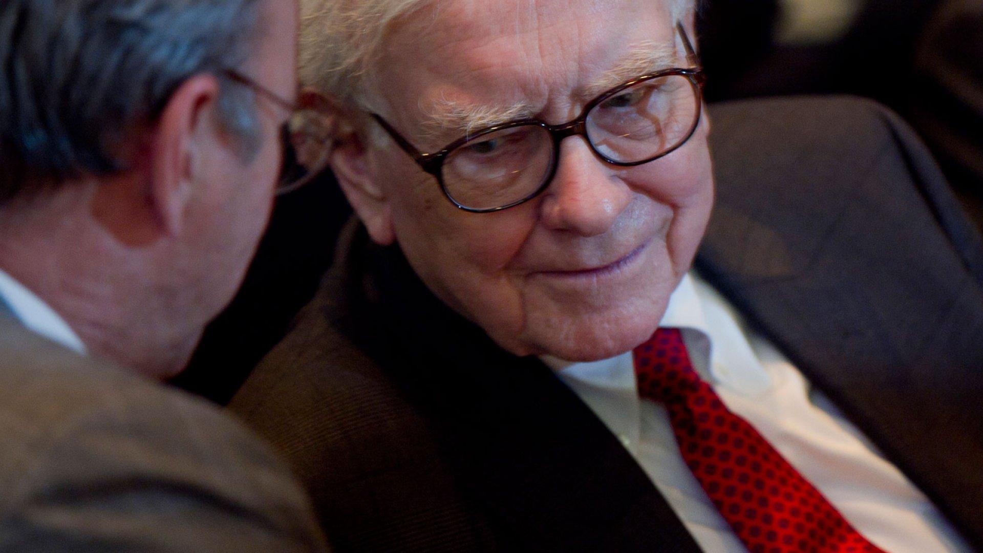 How to Think Like Warren Buffett