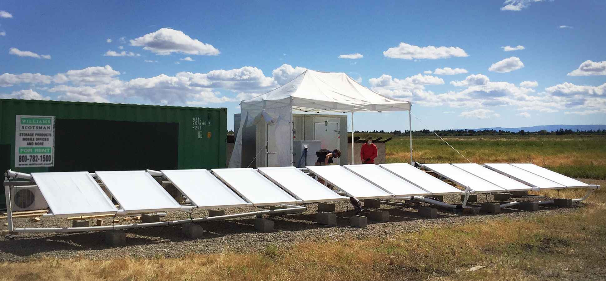 This Air Conditioning System Beams Excess Heat Into Space (Really)--and Uses 70 Percent Less Energy