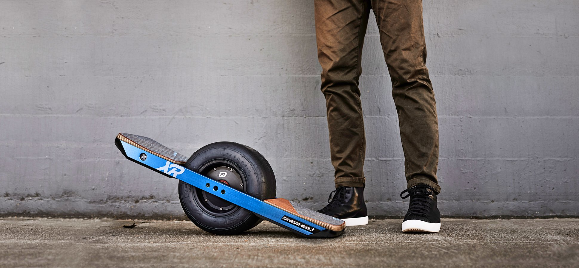 Move Over Scooters One Wheeled Skateboards Are The Newest Way To Commute