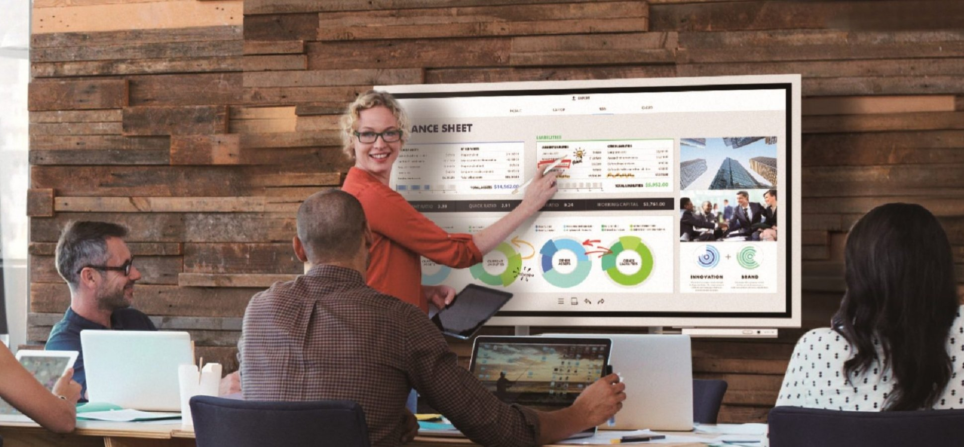 Productivity Gurus Only: You'll Flip Over This Digital Whiteboard