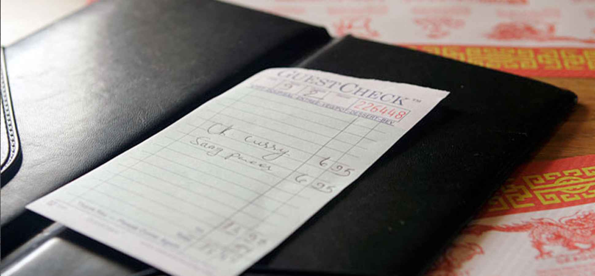 Business Etiquette: Who Should Pick Up the Check?