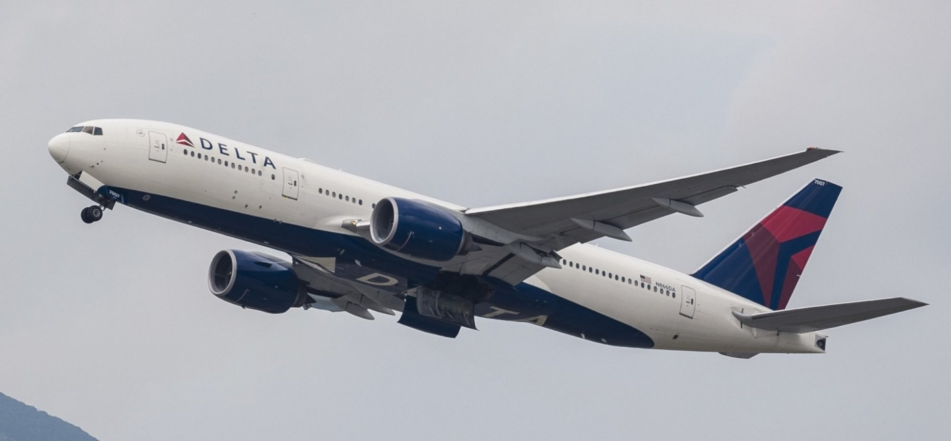 Delta Just Made an Incredible Announcement That Shamed American Airlines