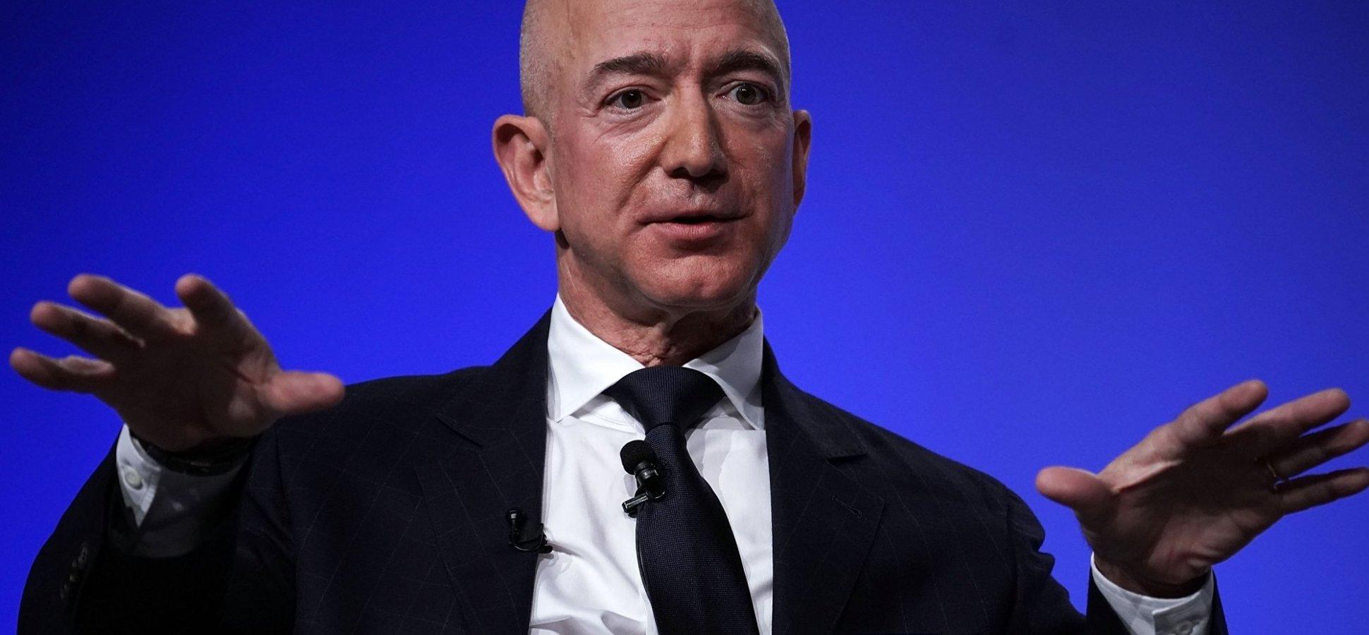 Why Raising Amazon S Minimum Wage Doesn T Make Jeff Bezos A Great