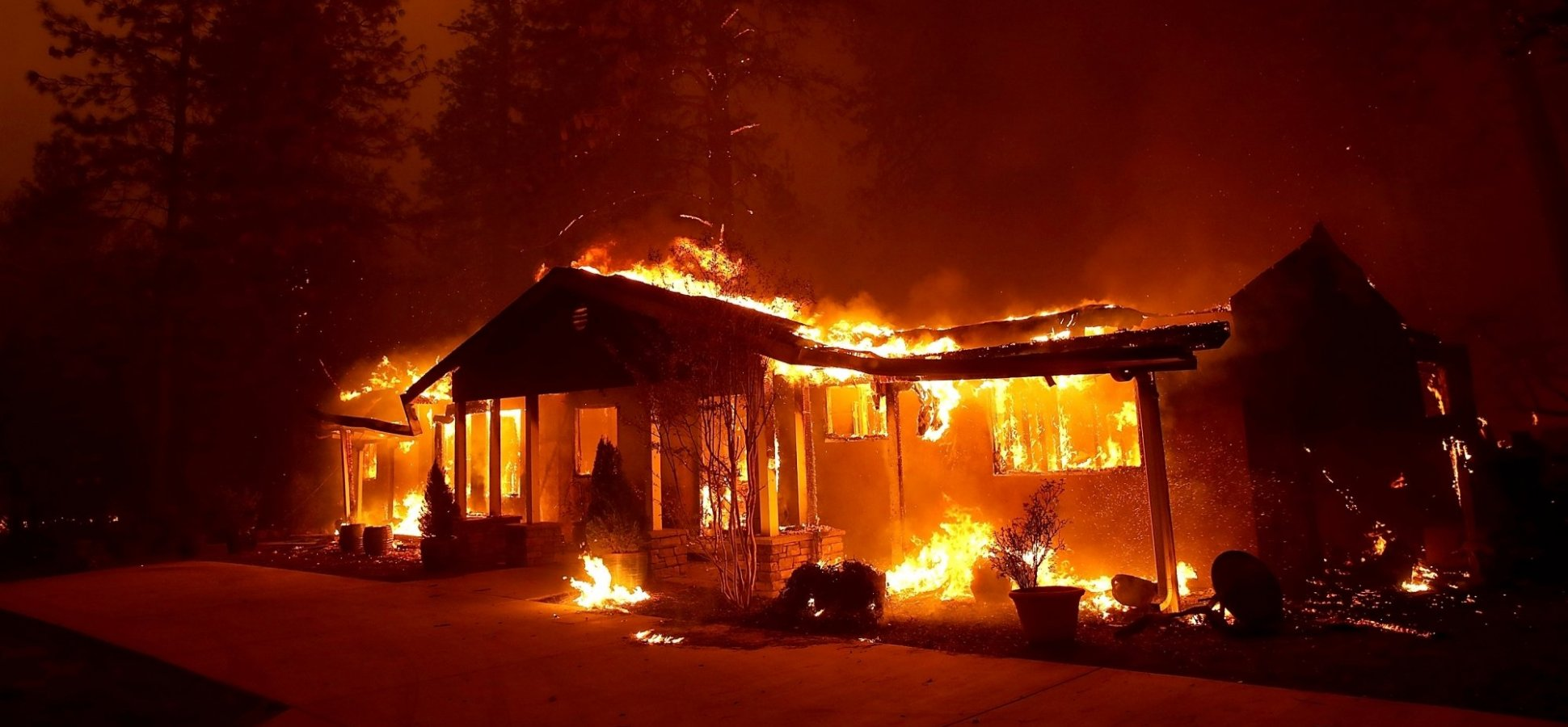 A Man Whose House Was Ablaze in the California Fires Asked Whether He Should Come to Work. His Boss's Response Will Floor You
