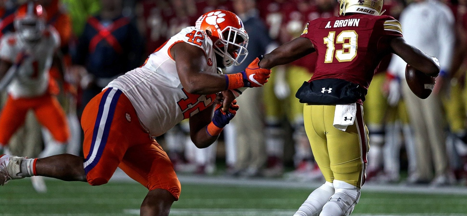NFL Draft Star Christian Wilkins Will Be the League's Biggest Cheapskate. His Approach to Saving Money Is Brilliant