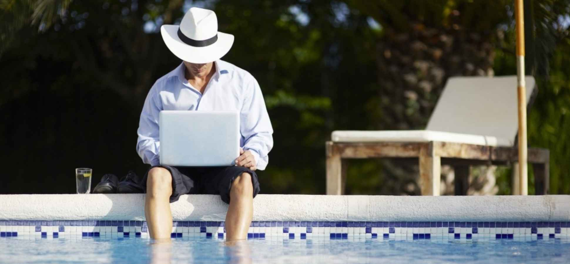 Science Explains How to Stop Worrying About Work on Vacation