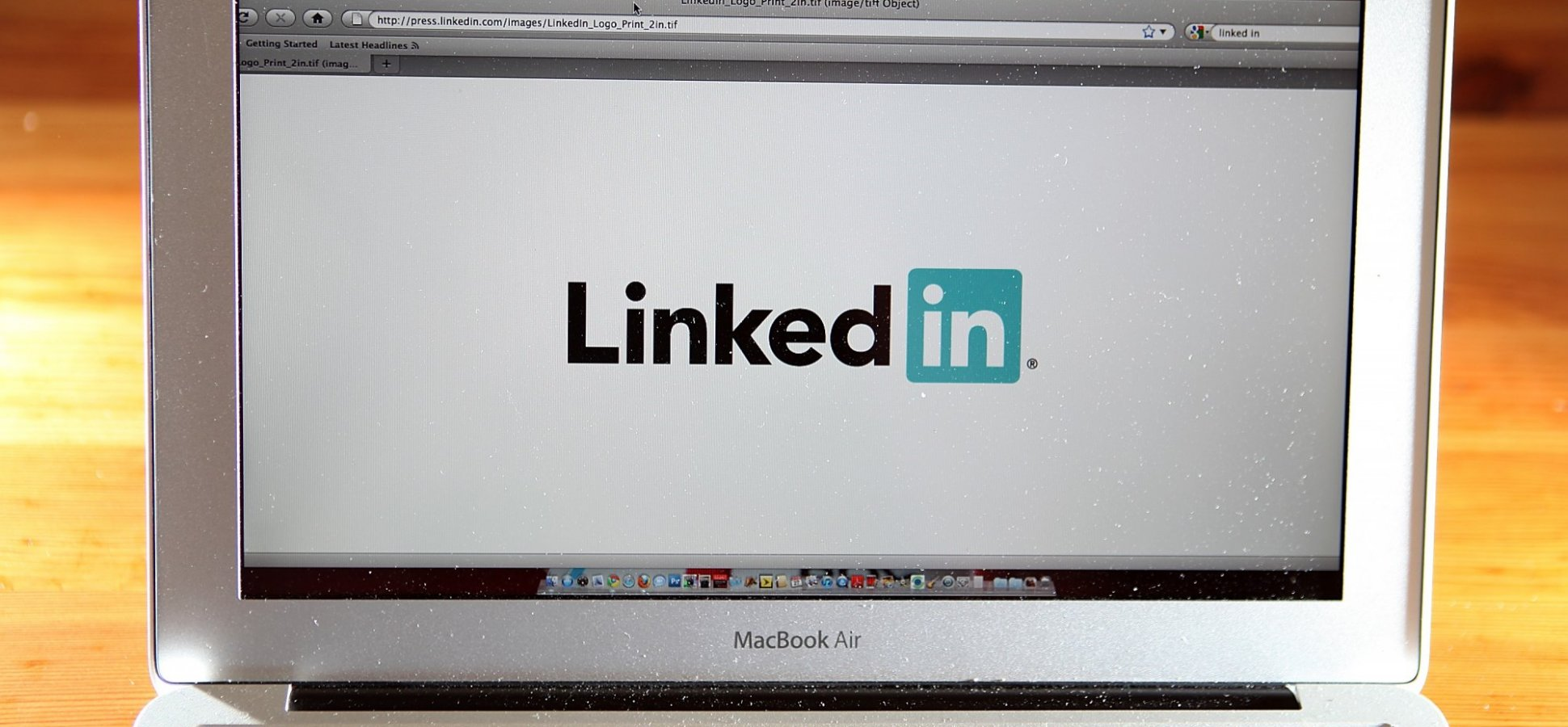 Answers Revealed to These Top 4 Questions About LinkedIn