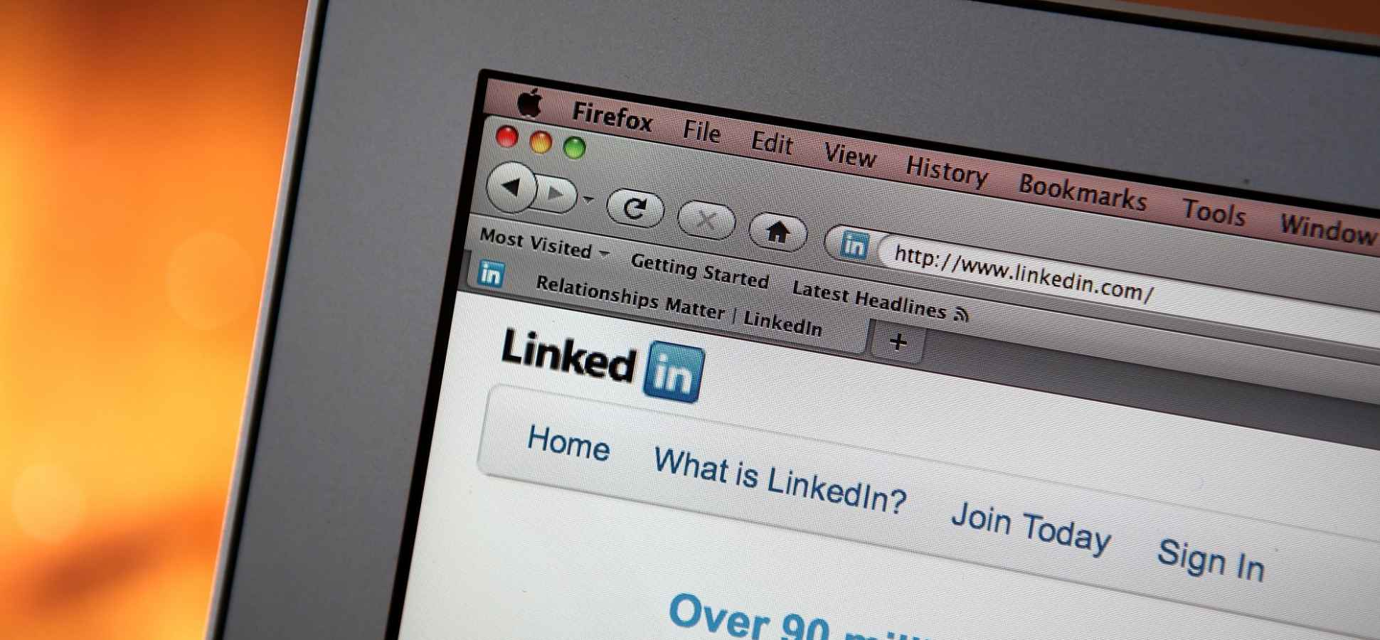 The 4 Biggest Mistakes You're Making on LinkedIn