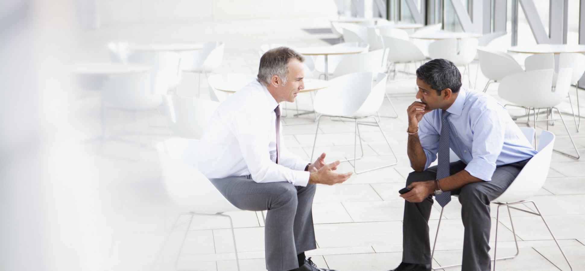 7 Bad Public Speaking Habits That Immediately Destroy Your Likability