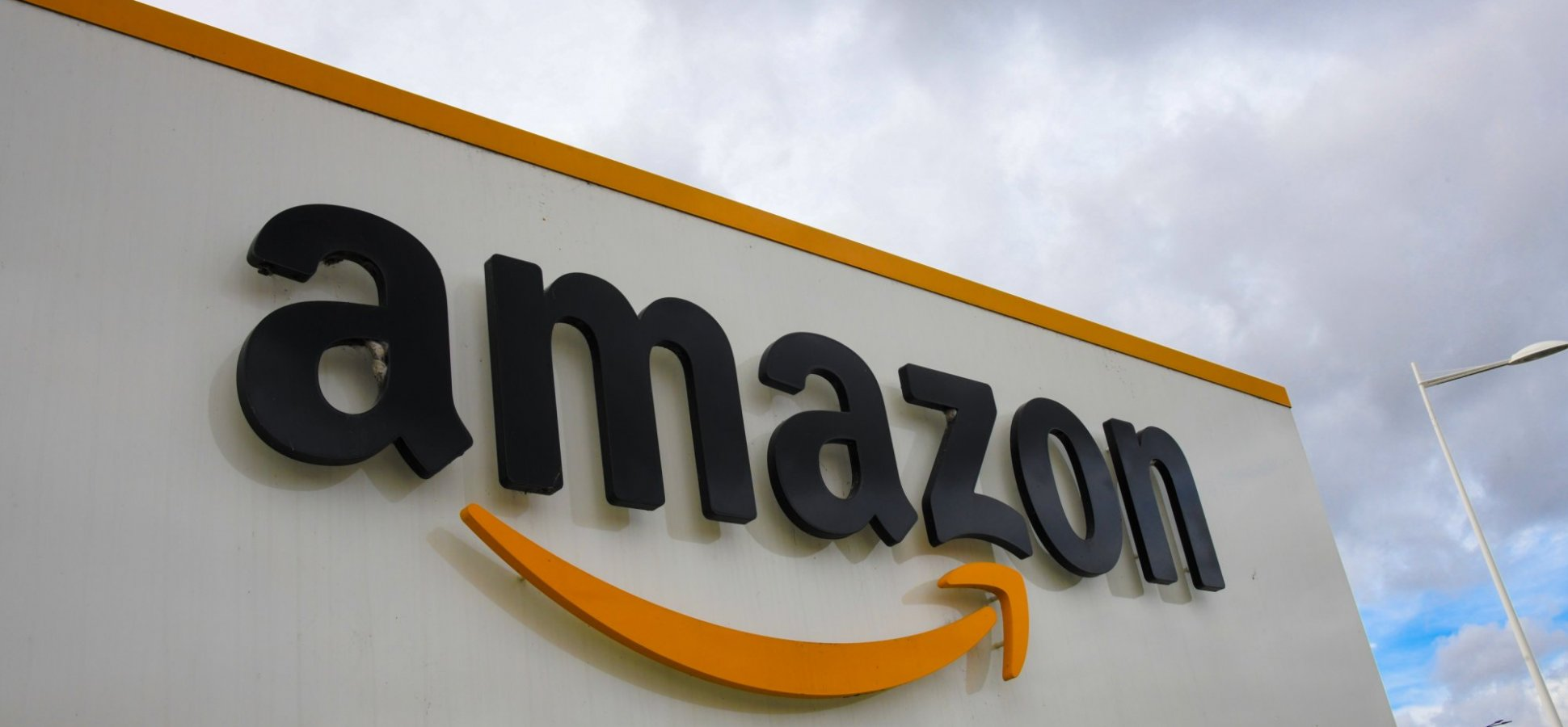 In an Eye-Opening Letter, Jeff Bezos Just Revealed the 1 Biggest Threat to Amazon