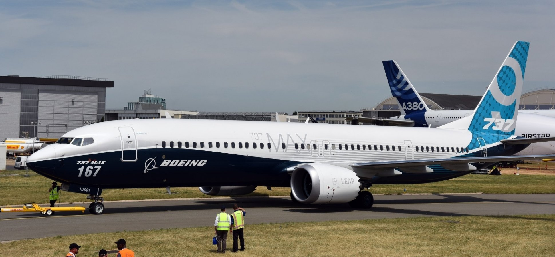 Boeing's CEO Just Made a Truly Stunning Announcement About the Company's Grounded 737 MAX Aircraft