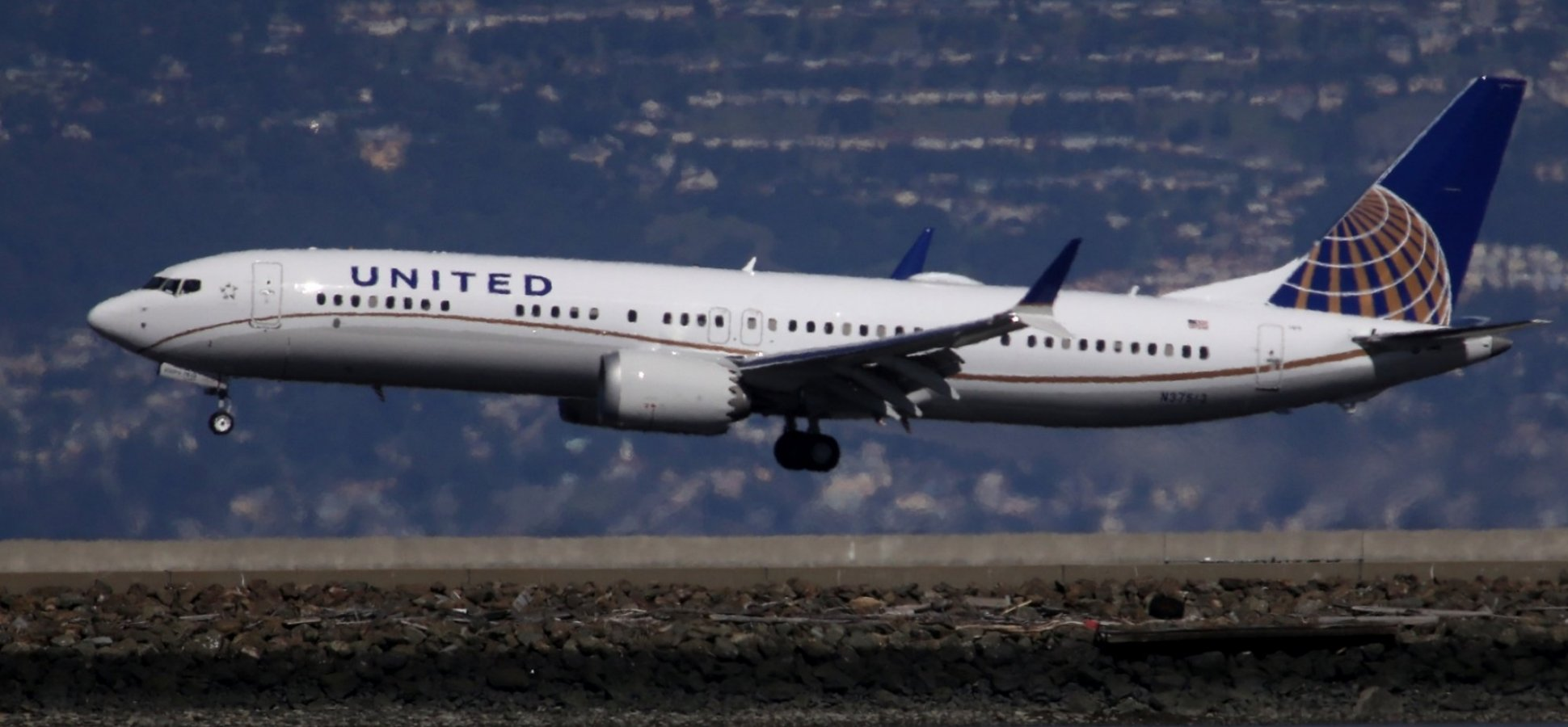 On a United Airlines Flight, I Did Something I'd Been Warned Not To Do. I May Never Recover