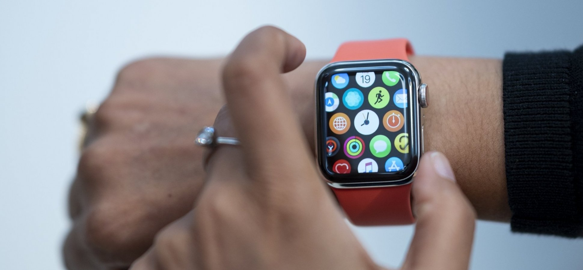10 Incredibly Useful Things You Had No Idea Your Apple Watch Can Do