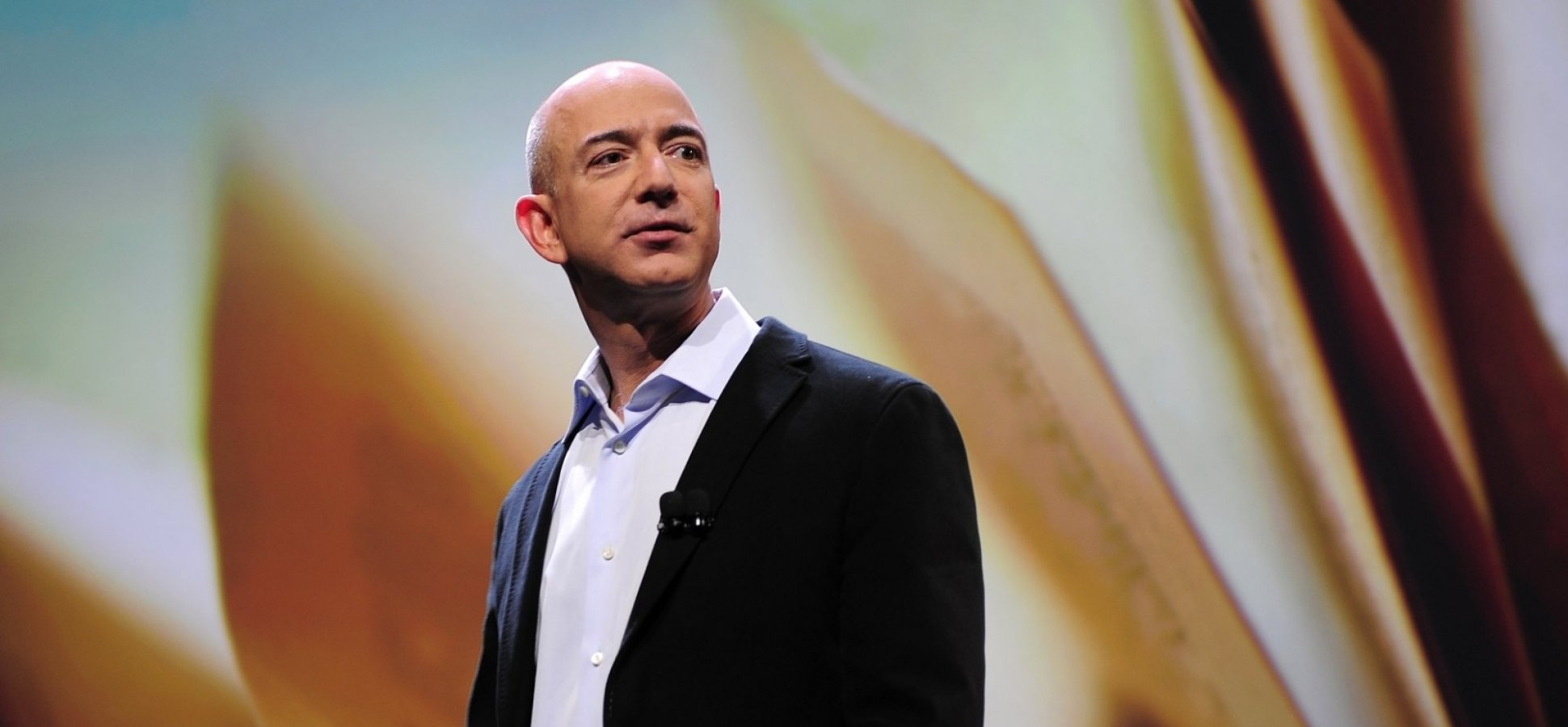 How Jeff Bezos, Steve Jobs, and Richard Branson Run Efficient Meetings