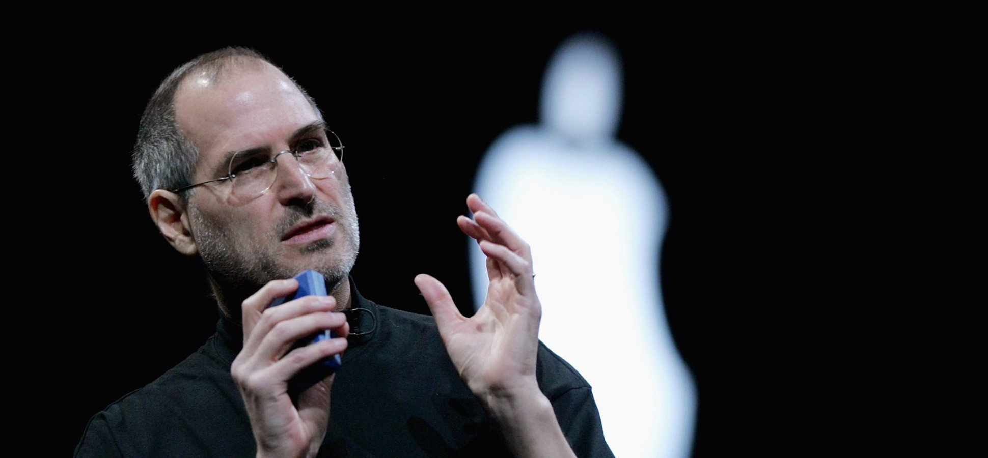 3 Effective (If Slightly Evil) Persuasion Tricks You Can Learn From Steve Jobs