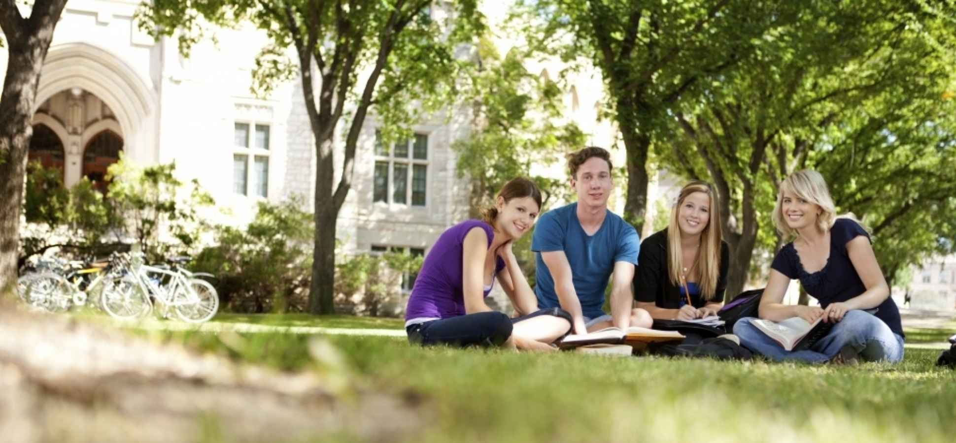 This Is How to Beat the Odds When Applying to Top Colleges, Says a