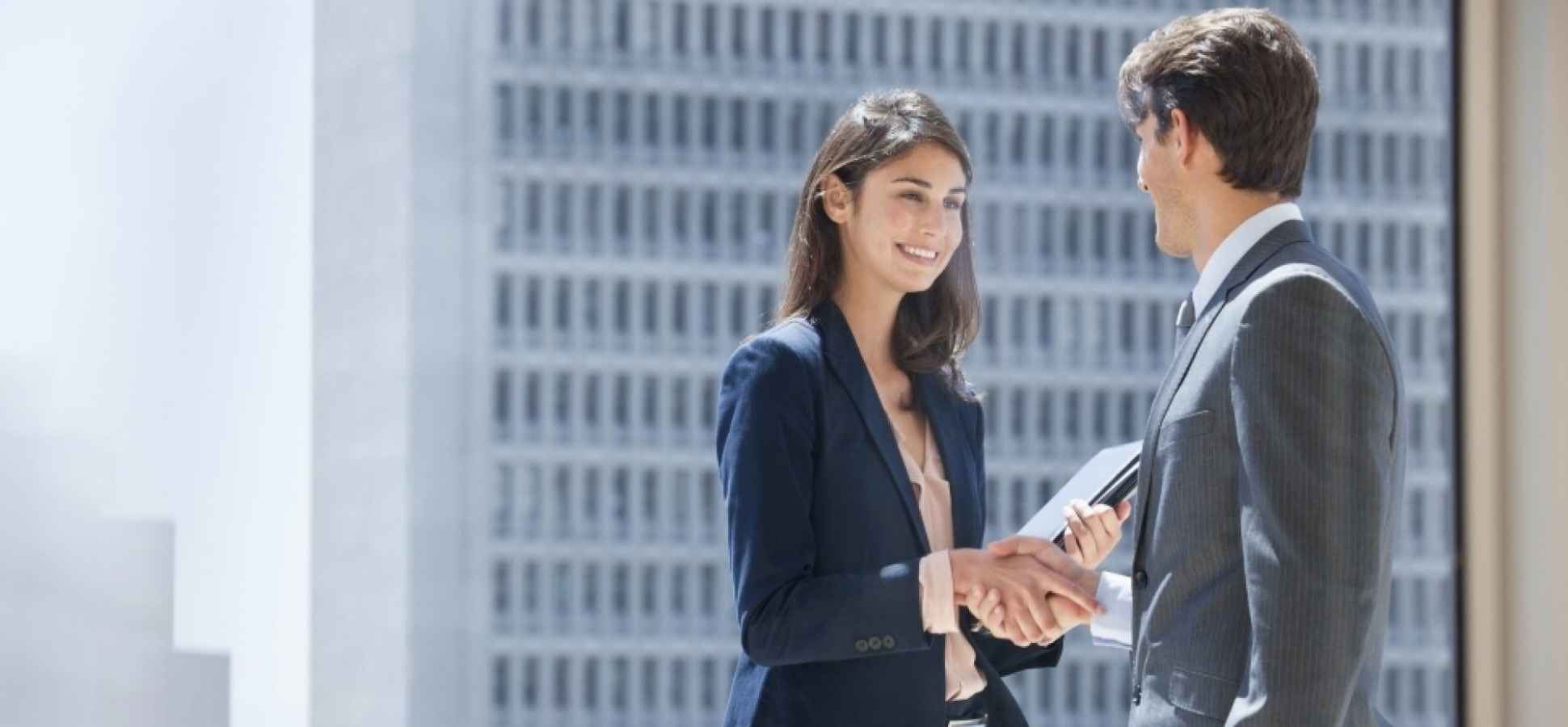 17 Fast and Simple Tips That Always Improve Your First Impression
