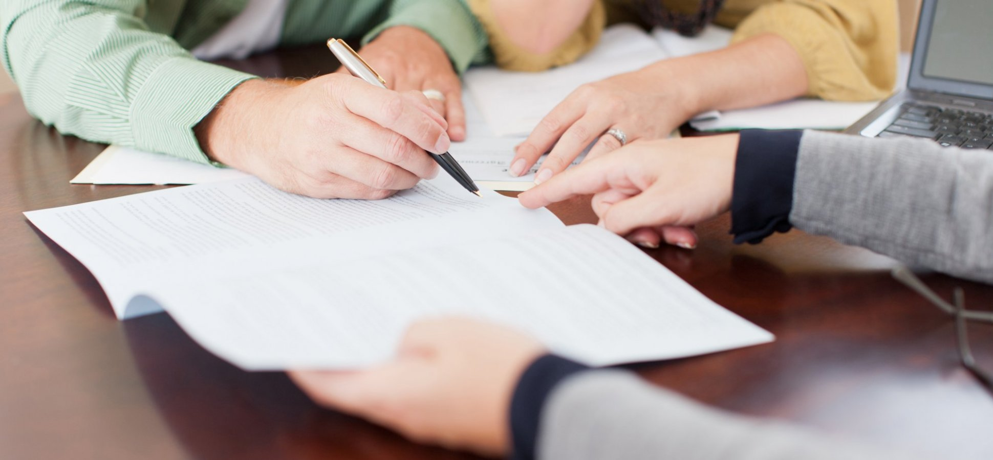 7 Common Reasons to Hire Someone to Do Your Taxes