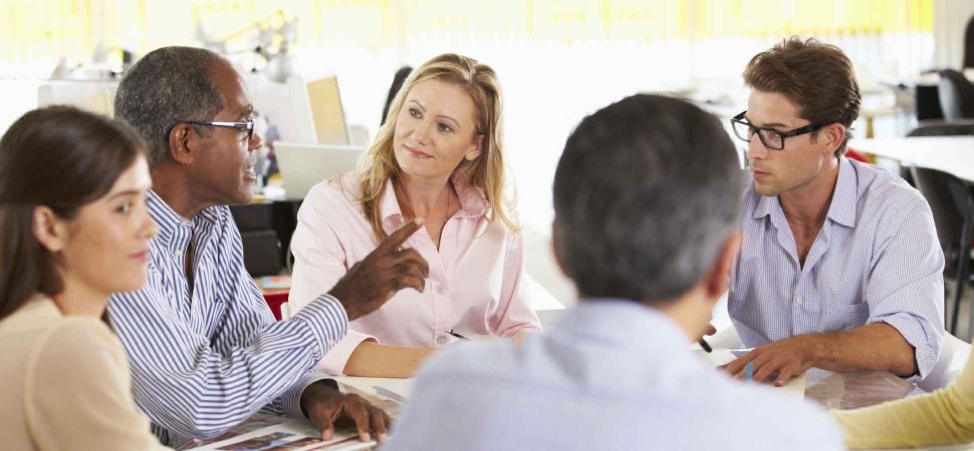 Management Communication 101: 5 Critical Ways to Build Rapport