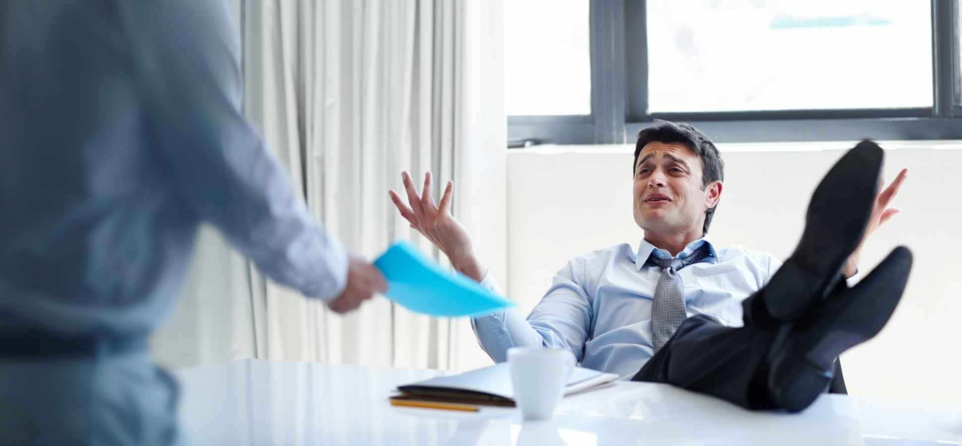 9 Emotional Intelligence Mistakes That Make Leaders Look Really Unprofessional