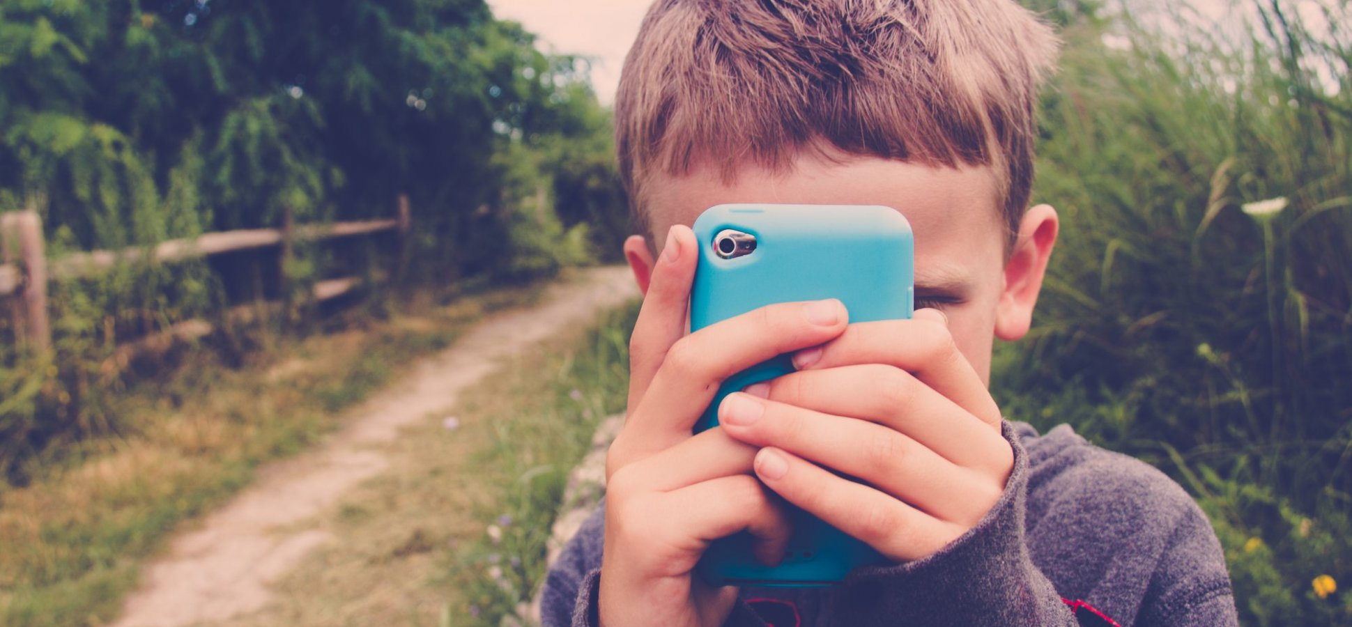 Are iPhones Harming our Kids? Apple Investors Think So. Protect Your Kids With These 5 Easy Tips
