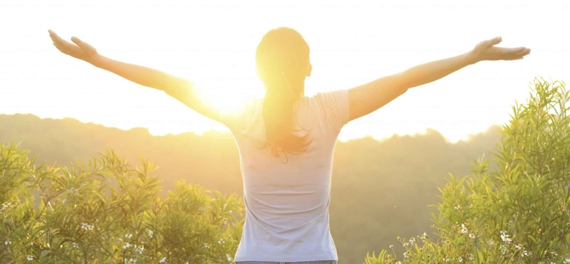 10 Daily Habits of the Happiest People You Know