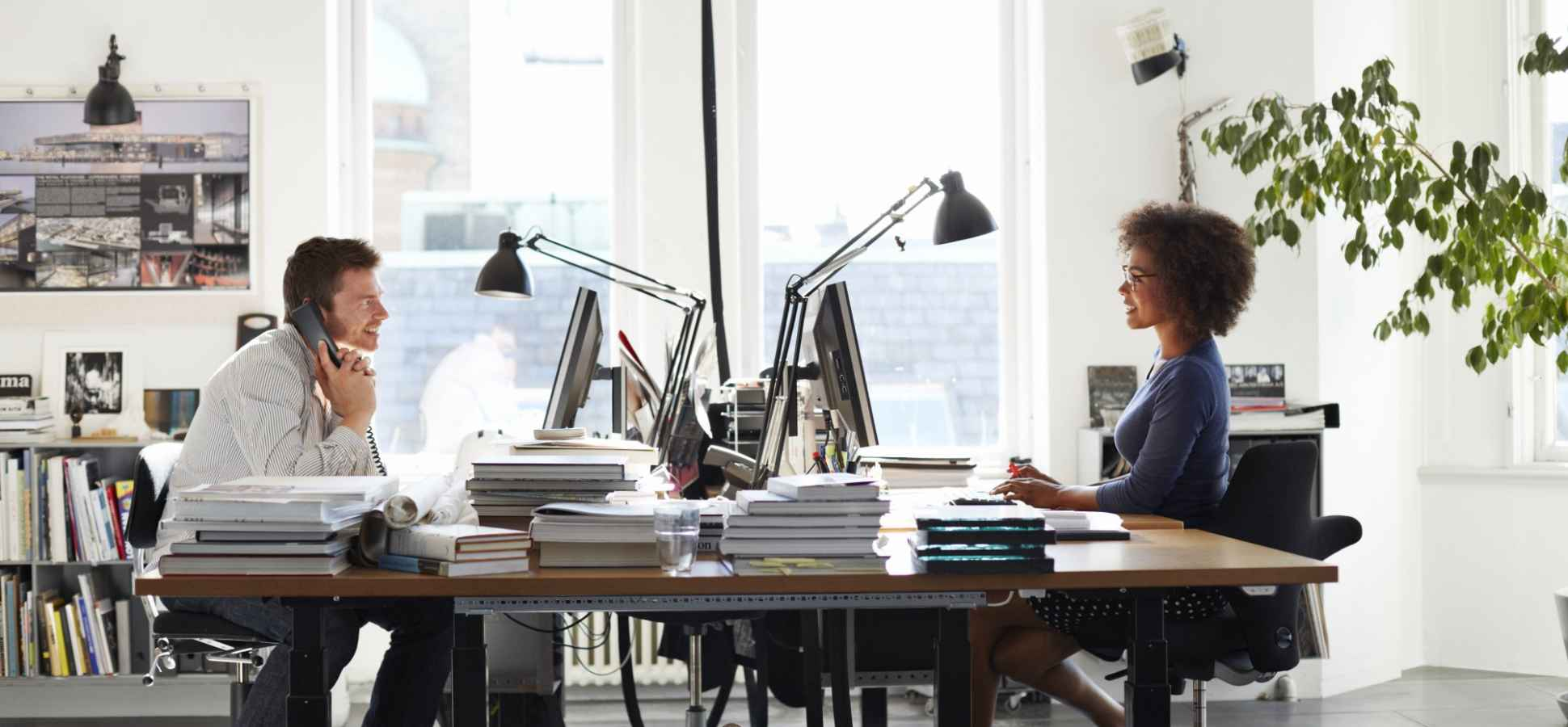 Starting Out? Why You Should Get a Coworking Space