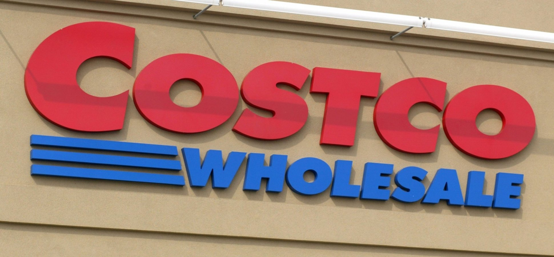 How Does Costco Compete With Amazon? By Doing 4 Things Incredibly Well