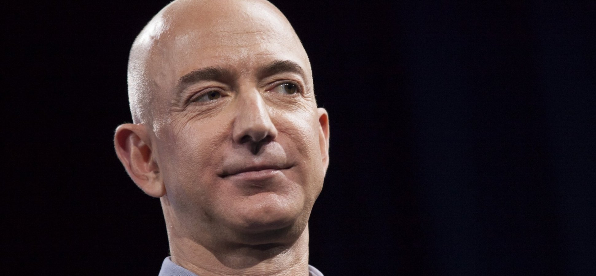 Science Says This is the Best Way to Persuade Someone Who's Wrong (Jeff Bezos Will Hate It)