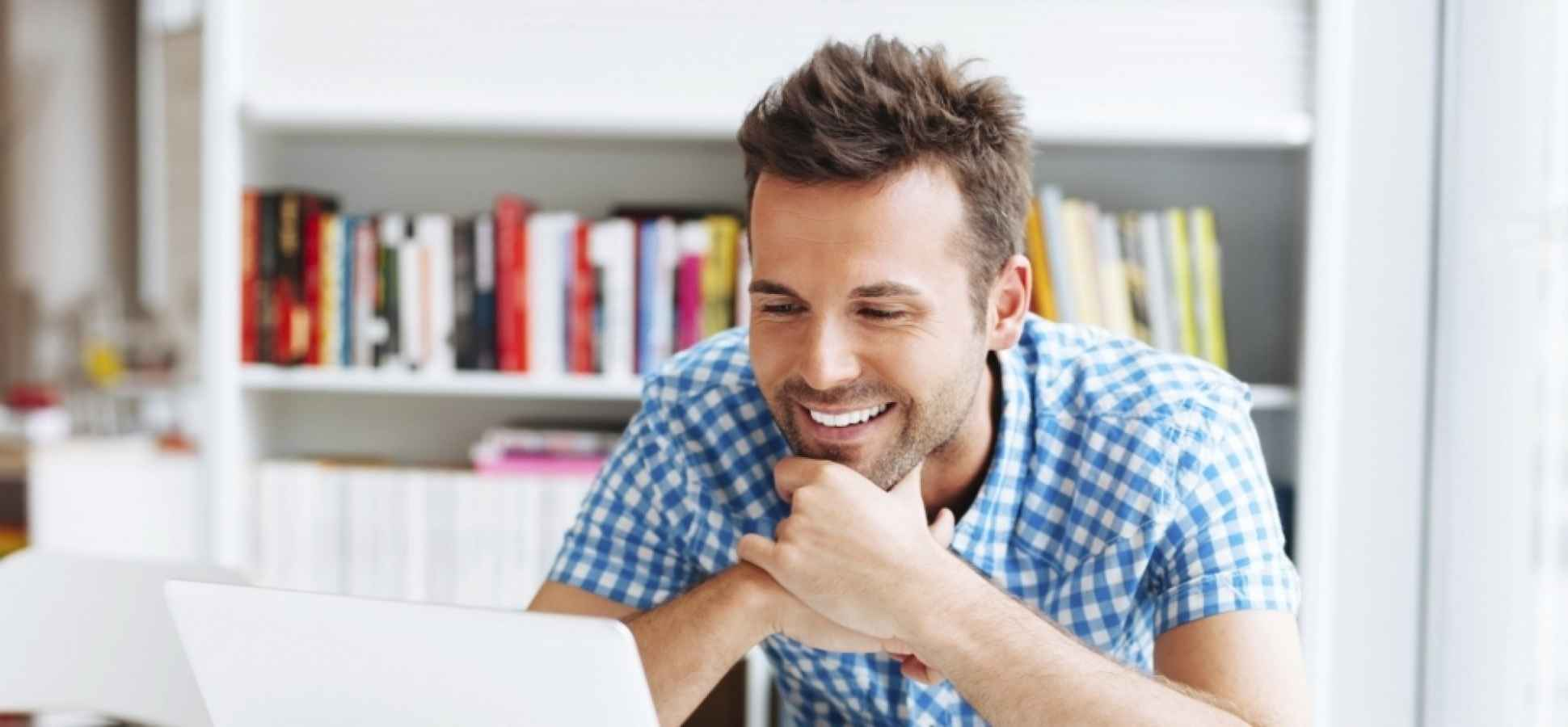 5 Practical Habits That Will Make You Happier at Work